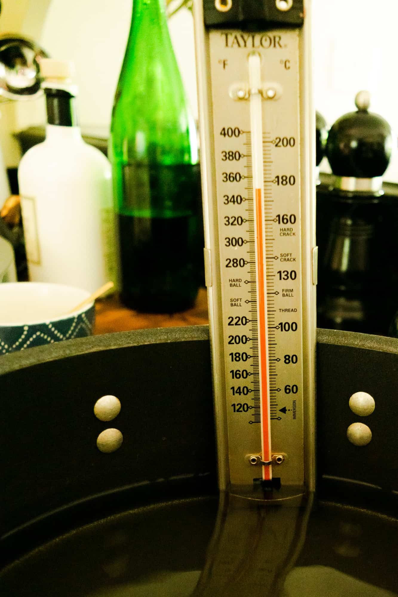 thermometer on side of wide stockpot